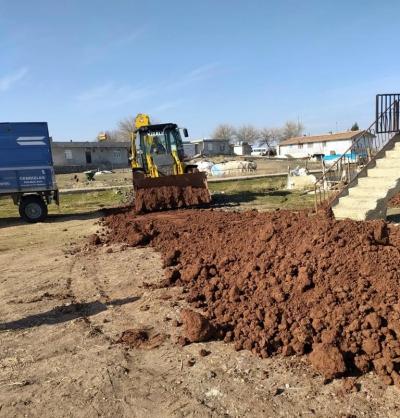 Kırsal mahallelerde hummalı yol çalışmaları sürüyor