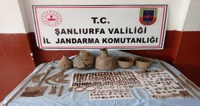 Şanlıurfa'da 528 parça tarihi eser ele geçirildi