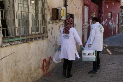 Şanlıurfa'da 65 yaş üstü bakıma muhtaçlara yemek desteği