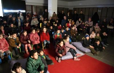 ŞANLIURFA'DA HACİVAT VE KARAGÖZ'E ÇOCUKLARDAN YOĞUN İLGİ