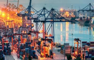 Son 12 aylık dönemde, ihracat bir önceki yıla göre yüzde 7,8 oranında arttı