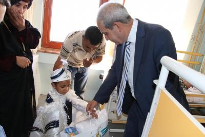 Sünnet Çocuklarına Başkan Demirkol'dan Ziyaret
