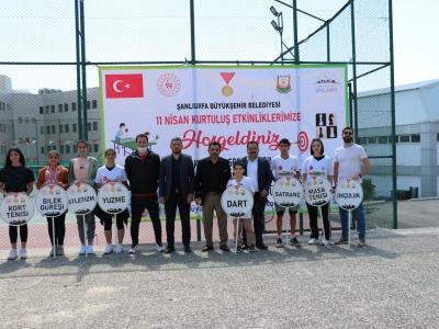 Urfa'nın kurtuluşuna özel ödüllü kort tenisi turnuvası