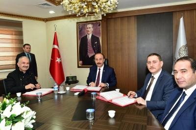 Viranşehir OSB'de İlk Tekstil Atolyesi İçin İmzalar Atıldı