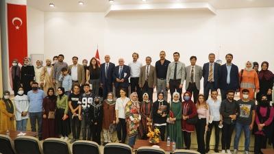 Yunus Emre Anadolu Konferansları Dizisinin Şanlıurfa Etkinliği, Harran Üniversitesi'nin Ev Sahipliğinde Gerçekleştirildi